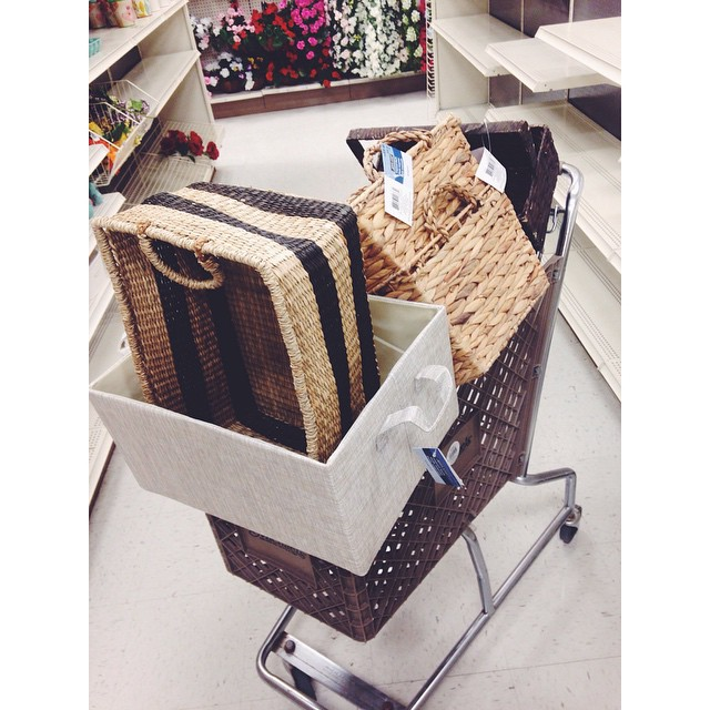 michaels arts and crafts store baskets for cheap. Black Bedroom Furniture Sets. Home Design Ideas
